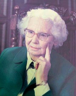 Dr Phyllis Bentley